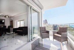 Балкон. Кипр, Дасуди Лимассол : Роскошный апартамент в Лимассоле с потрясающим видом на море 3 спальни на первой береговой линии
