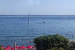 Ближайший пляж. Кипр, Айос Тихонас Лимассол : Роскошные 3-спальные апартаменты прямо на пляже с невероятным захватывающим видом на море для 9-ти человек