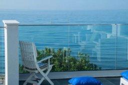 Вид на море. Кипр, Айос Тихонас Лимассол : Роскошные 3-спальные апартаменты прямо на пляже с невероятным захватывающим видом на море для 9-ти человек