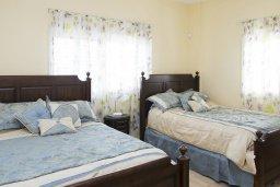 Спальня 2. Кипр, Декелия - Ороклини : Роскошная вилла с бассейном в 50 метрах от пляжа, 3 спальни, 3 ванные комнаты, барбекю, парковка, Wi-Fi