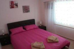 Спальня 3. Кипр, Гермасойя Лимассол : Просторные 3-спальные апартаменты площадью 125 кв.м. прямо на пляже для 7-ми гостей, Лимассол