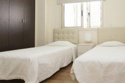 Спальня 2. Кипр, Декелия - Ороклини : Прекрасная вилла с бассейном в 125 метрах от пляжа, 2 спальни, 2 ванные комнаты, барбекю, парковка, Wi-Fi