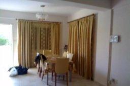 Гостиная. Кипр, Гермасойя Лимассол : Уютная вилла с 3 спальнями с собственным бассейном в центре Лимассола в 300 метрах от моря для 6-ти гостей