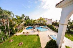 Территория. Кипр, Св. Рафаэль Лимассол : Роскошная вилла с 4-мя спальнями, с бассейном, сауной и зелёным садом, расположена в Лимассоле для 8-ми гостей