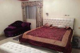 Спальня 2. Кипр, Айос Тихонас Лимассол : Величественная вилла класса люкс с 7 спальнями, с бассейном, панорамным видом на море и зелёным садом, расположена в Лимассоле