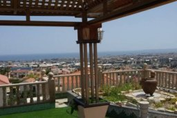 Территория. Кипр, Айос Тихонас Лимассол : Величественная вилла класса люкс с 7 спальнями, с бассейном, панорамным видом на море и зелёным садом, расположена в Лимассоле