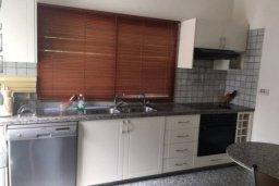 Кухня. Кипр, Пареклисия : Прекрасные апартаменты с 2-мя спальнями в частном комплексе, с общим бассейном и  садом для 5-ти гостей