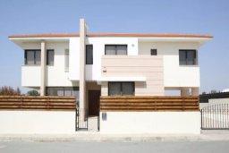 Фасад дома. Кипр, Декелия - Пила : Прекрасная вилла с 4-мя спальнями, с бассейном и двориком, расположена в Ларнаке для 8-ти гостей
