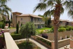 Зелёный сад. Кипр, Св. Рафаэль Лимассол : Роскошные апартаменты с 2-мя спальнями для 4-ти гостей на 1 береговой линии, Лимассол