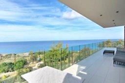Вид на море. Кипр, Помос : Уникальная вилла с потрясающим панорамным видом на море, с 3-мя спальнями, с бассейном, просторной террасой, патио и барбекю