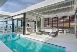 Бассейн. Кипр, Помос : Уникальная вилла с потрясающим панорамным видом на море, с 3-мя спальнями, с бассейном, просторной террасой, патио и барбекю