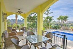 Балкон. Кипр, Полис город : Красивая семейная вилла с 3-мя спальнями, с бассейном, тенистой террасой, зелёным садом с беседкой, расположена в идиллическом нетронутом городе Полис