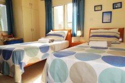 Спальня 3. Кипр, Лачи : Замечательная вилла с прекрасным видом на залив Chrysochou, с 3-мя спальнями, с бассейном, уютной террасой с патио, в окружение красивого ландшафтного сада