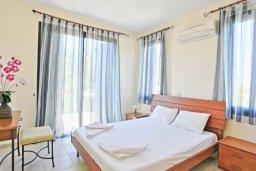 Спальня 2. Кипр, Хлорака : Прекрасная вилла с 4-мя спальнями, с бассейном и двориком, расположена в Пафосе для 8-ти гостей