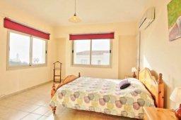 Спальня. Кипр, Аргака : Прекрасная вилла с 4-мя спальнями, с бассейном и двориком, расположена в Пафосе для 8-ти гостей