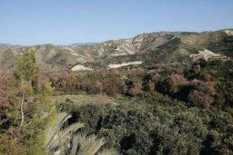 Вид. Кипр, Милиу : Очаровательная вилла с 3 спальнями с для 6-ти гостей с бассейном и садом
