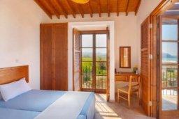 Спальня 2. Кипр, Полис город : Очаровательная вилла с 3 спальнями с для 6-ти гостей с бассейном и садом