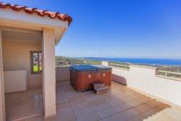Развлечения и отдых на вилле. Кипр, Друсхия : Роскошная вилла с видом на море, с 4-мя спальнями, с бассейном, сауной и джакузи, расположена на краю красивого национального парка Akamas