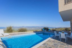 Бассейн. Кипр, Друсхия : Великолепная вилла с видом на море, с 4-мя спальнями, с бассейном, сауной и джакузи, расположена на краю красивого национального парка Akamas