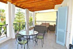 Патио. Кипр, Лачи : Прекрасная вилла с видом на море, в окружение ландшафтного сада, с 3-мя спальнями, с бассейном, тенистой террасой с патио и барбекю