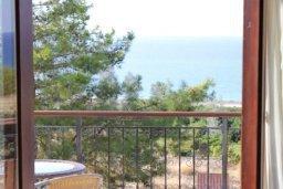 Вид. Кипр, Аргака : Впечатляющая вилла с видом на Средиземное море, с 4-мя спальнями, с бассейном, тенистой террасой с патио, беседкой, детским бассейном и общим теннисным кортом
