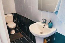 Туалет. Кипр, Полис город : Очаровательная вилла с 3 спальнями с для 6-ти гостей с бассейном и садом