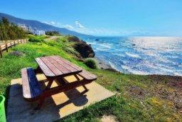 Вид. Кипр, Помос : Прекрасная вилла с 5-мя спальнями, с бассейном, бильярдом и двориком, расположена в Помосе