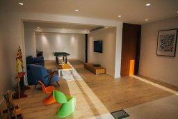 Прочее. Кипр, Айя Марина : Замечательная вилла с 4-мя спальнями, с бассейном и двориком для 10-ти гостей