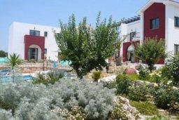 Территория. Кипр, Катикас : Прекрасные апартаменты с отдельной спальней  для 3-х гостей