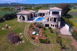 Вид. Кипр, Айос Теодорос : Потрясающая восхитительная вилла с 7-мя спальнями, с бассейном и двориком для 16-ти гостей