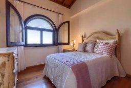 Спальня 2. Кипр, Айос Теодорос : Потрясающая восхитительная вилла с 7-мя спальнями, с бассейном и двориком для 16-ти гостей