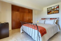 Спальня 3. Кипр, Айос Теодорос : Потрясающая восхитительная вилла с 7-мя спальнями, с бассейном и двориком для 16-ти гостей