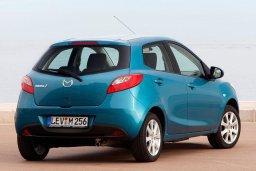 Mazda Demio 1.4 автомат : Кипр