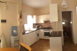Кухня. Кипр, Ионион - Айя Текла : Уютная вилла с бассейном и приватным двориком с обеденной зоной, 2 спальни, барбекю, парковка, Wi-Fi