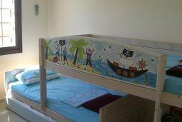 Спальня 2. Кипр, Ионион - Айя Текла : Роскошная пляжная вилла с бассейном и зеленым двориком, 4 спальни, 4 ванные комнаты, парковка, Wi-Fi