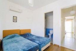Спальня 2. Кипр, Центр Лимассола : Прекрасный таунхаус в комплексе с двумя бассейнами, 2 спальни, 2 ванные комнаты, парковка, Wi-Fi