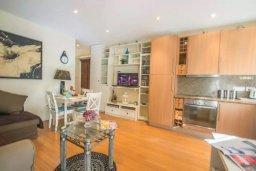 Гостиная. Кипр, Сиренс Бич - Айя Текла : Прекрасный апартамент с гостиной, отдельной спальней и террасой