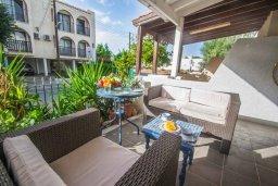 Терраса. Кипр, Сиренс Бич - Айя Текла : Прекрасный апартамент с гостиной, отдельной спальней и террасой