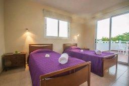 Спальня 2. Кипр, Каппарис : Прекрасный апартамент в комплексе с бассейном, с гостиной, двумя спальнями и большой террасой
