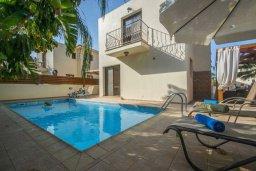 Фасад дома. Кипр, Пернера Тринити : Великолепная вилла с 3-мя спальнями, с бассейном, тенистой террасой с патио и барбекю