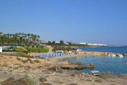 Ближайший пляж. Кипр, Центр Айя Напы : Уютный апартамент в центре Айя Напы, с гостиной, отдельной спальней и балконом