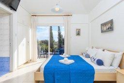 Спальня. Кипр, Каво Марис Протарас : Уютная вилла с бассейном и двориком с барбекю, 3 спальни, 2 ванные комнаты, парковка, Wi-Fi