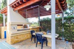 Терраса. Кипр, Каво Марис Протарас : Уютная вилла с бассейном и двориком с барбекю, 3 спальни, 2 ванные комнаты, парковка, Wi-Fi
