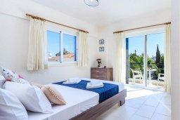 Спальня. Кипр, Каво Марис Протарас : Уютная вилла с бассейном и зеленым двориком с патио и барбекю, 3 спальни, 4 ванными комнатами, парковка, Wi-Fi