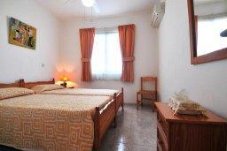 Спальня 2. Кипр, Пафос город : Уютный апартамент с гостиной, двумя спальнями и двумя балконами