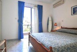 Спальня. Кипр, Пафос город : Уютный апартамент с гостиной, двумя спальнями и двумя балконами