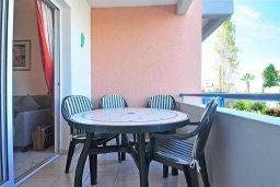 Балкон. Кипр, Пафос город : Уютный апартамент с гостиной, двумя спальнями и двумя балконами