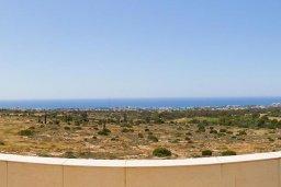 Вид на море. Кипр, Нисси Бич : Роскошная вилла с большим бассейном и зеленой территорией, 6 спален, 5 ванных комнат, беседка, патио, барбекю, джакузи, бильярд, парковка, Wi-Fi