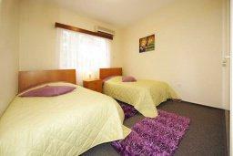 Спальня 3. Кипр, Мутаяка Лимассол : Прекрасный апартамент в комплексе с бассейном, с гостиной, двумя спальнями и большим бассейном