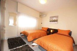 Спальня 3. Кипр, Центр Лимассола : Прекрасный пентхаус с террасой и видом на море, с просторной гостиной, тремя спальнями, двумя ванными комнатами, в 170 метрах от пляжа